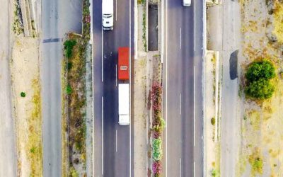 5 Steps to Take If a Semi Truck Crashes into Your Automobile