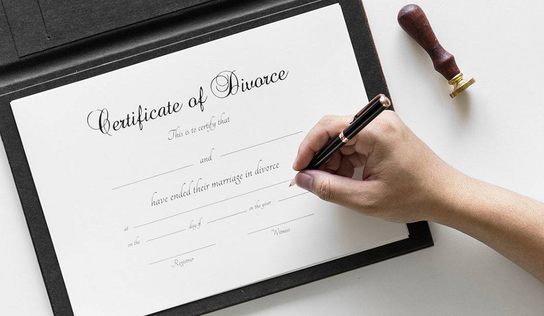 What Should I Have Ready For My First Meeting With a Divorce Attorney?